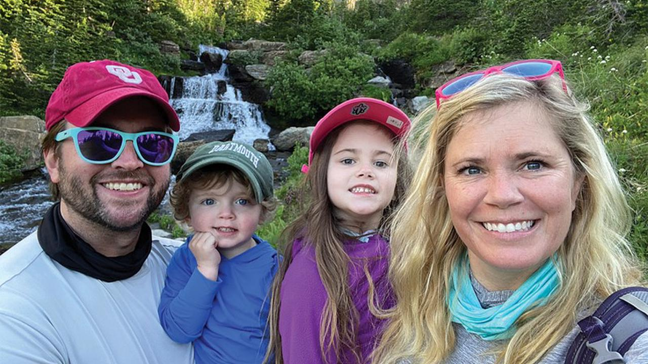 Meet Lindsay Hutchison – Zoo Day Every Day